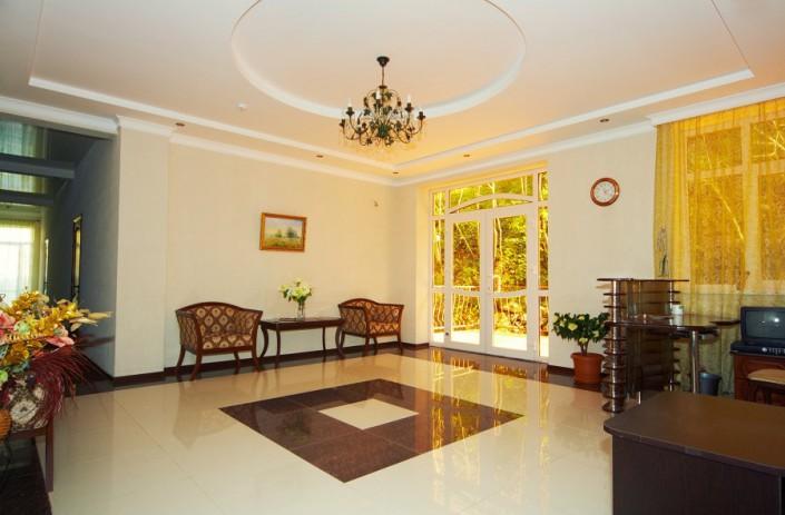 Холл гостиницы Вилла Леона