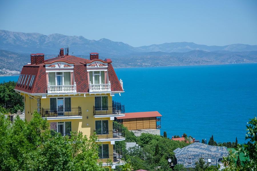 Отель Вилла Валентина, Алушта, Крым