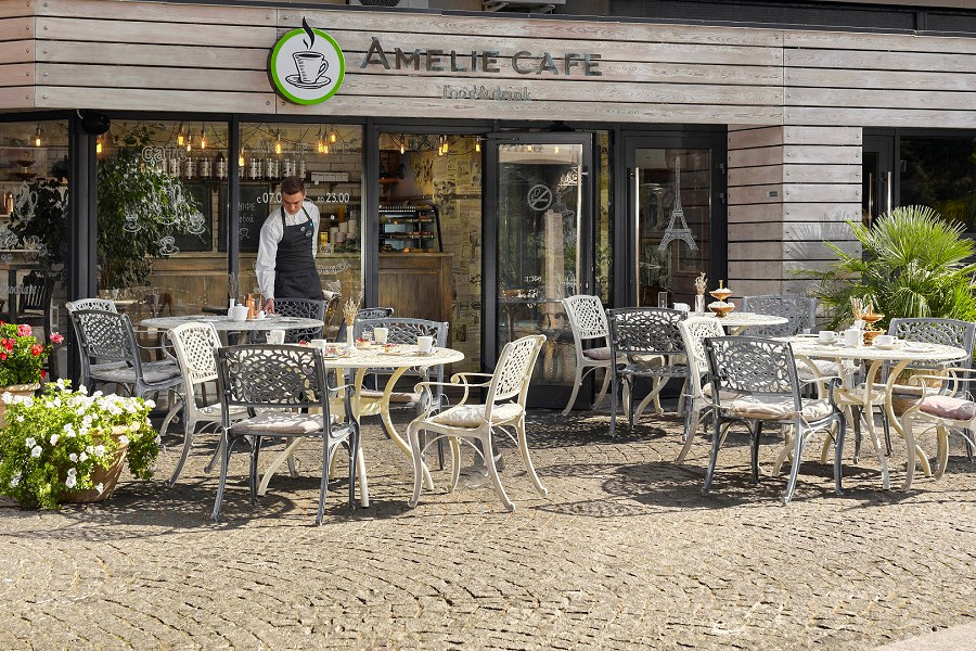Amelie Cafe на территории отеля Ялта-Интурист