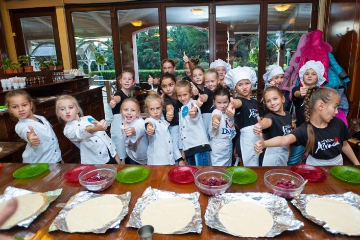 Мастер-классы для детей и взрослых на территории отеля Ялта-Интурист