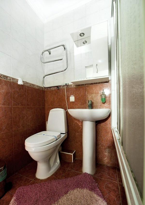 Туалетная комната номера Стандарт Плюс в Корпусе 1 санатория Юрмино