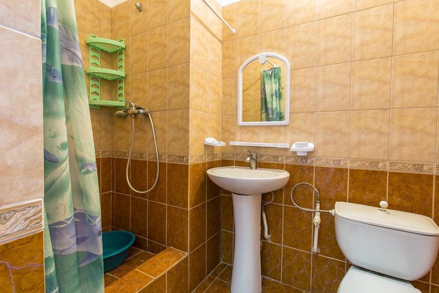 Туалетная комната в номере санатория Южнобережный