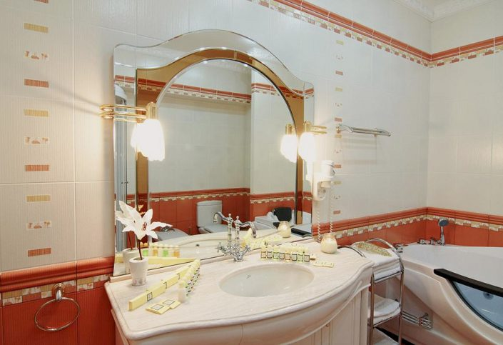 Туалетная комната номера Вилла-Люкс санатория Южное взморье