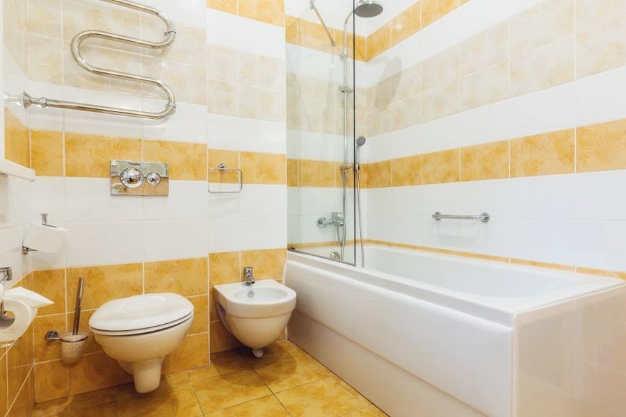 Туалетная комната номера Супериор санатория Заполярье
