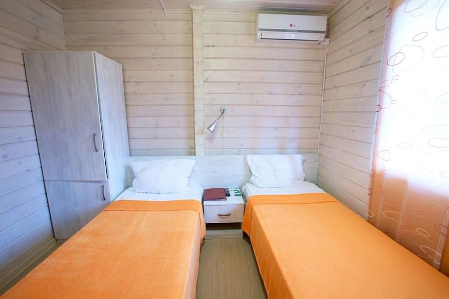 Стандарт двухместный курортного комплекса Заря Анапы