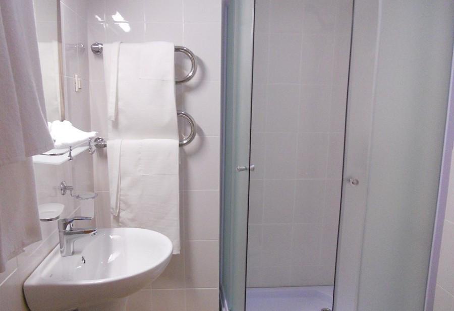 Туалетная комната Стандартного номера санатория Зеленая роща, Сочи