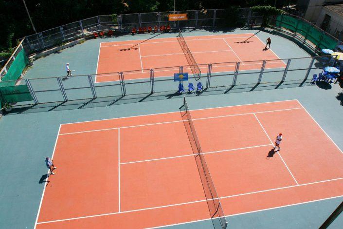 Теннисные корты гранд-отеля Жемчужина