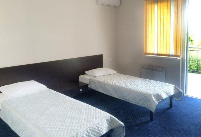 Люкс двухместный двухкомнатный спортивно-гостиничного комплекса Жемчужина