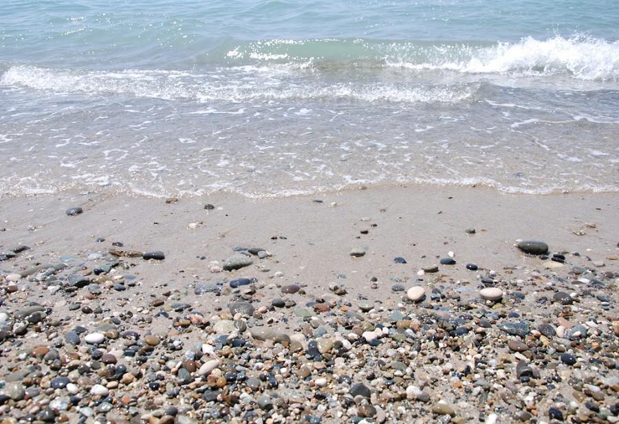 Пляж базы отдыха Золотой берег, Гудаута, Мгудзырхуа