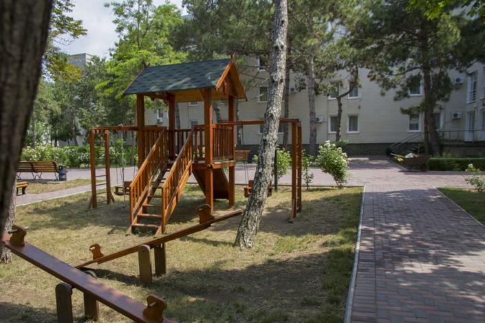 Детский игровой городок санатория Золотой берег